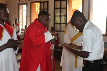 Visite canonique de Mgr Daniel Nlandu à Kibula (87)