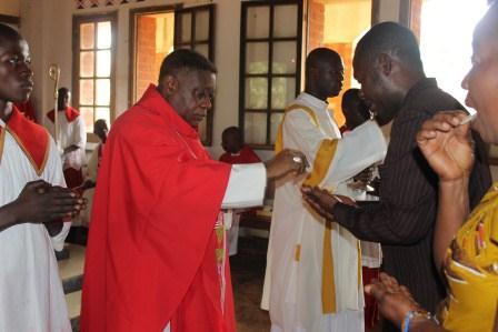 Visite canonique de Mgr Daniel Nlandu à Kibula (89)