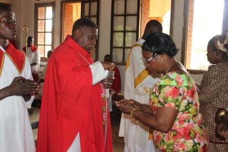 Visite canonique de Mgr Daniel Nlandu à Kibula (90)