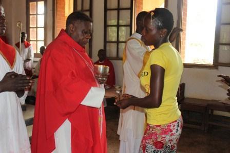 Visite canonique de Mgr Daniel Nlandu à Kibula (92)