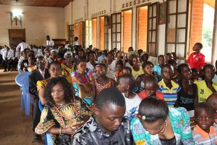 Visite canonique de Mgr Daniel Nlandu à Kibula (93)