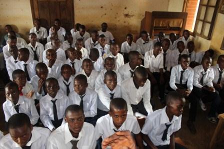 Visite canonique de Mgr Daniel Nlandu à Kibula (97)