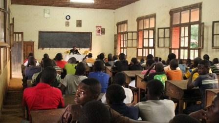 Visite canonique de Mgr Daniel Nlandu à Kibula