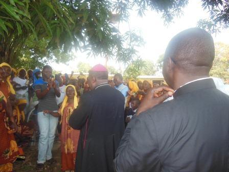 Visite de Mgr Daniel Nlandu à Mindouli (11)