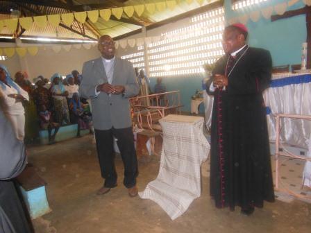 Visite de Mgr Daniel Nlandu à Mindouli (2)