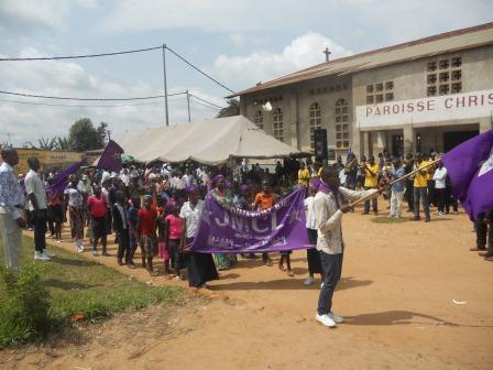 Visite pastorale de Mgr Daniel Nlandu à Christ-Roi (109)