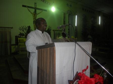 Visite pastorale de Mgr Daniel Nlandu à Christ-Roi (11)