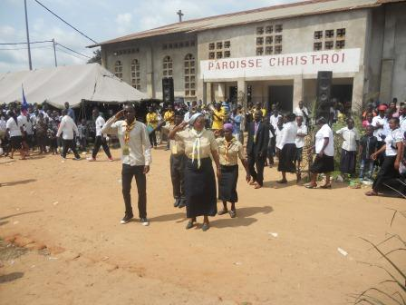 Visite pastorale de Mgr Daniel Nlandu à Christ-Roi (116)