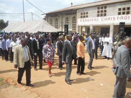 Visite pastorale de Mgr Daniel Nlandu à Christ-Roi (120)