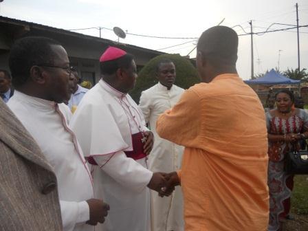 Visite pastorale de Mgr Daniel Nlandu à Christ-Roi (130)