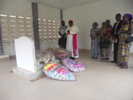 Visite pastorale de Mgr Daniel Nlandu à Christ-Roi (15)