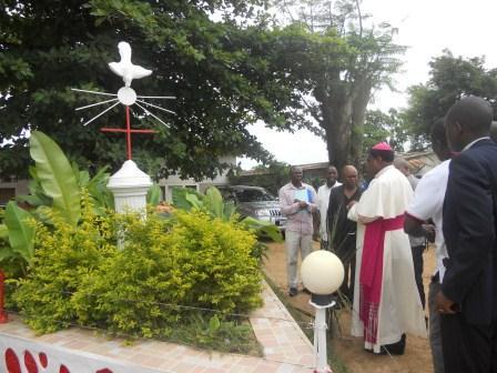 Visite pastorale de Mgr Daniel Nlandu à Christ-Roi (21)