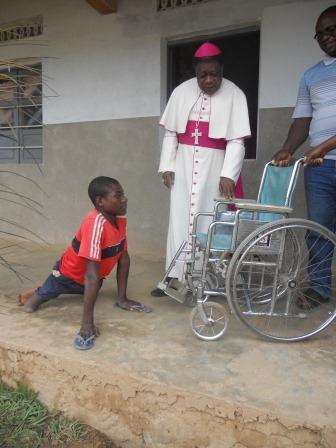 Visite pastorale de Mgr Daniel Nlandu à Christ-Roi (23)