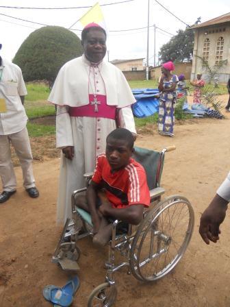 Visite pastorale de Mgr Daniel Nlandu à Christ-Roi (26)