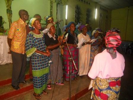 Visite pastorale de Mgr Daniel Nlandu à Christ-Roi (28)