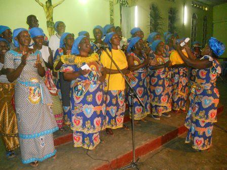Visite pastorale de Mgr Daniel Nlandu à Christ-Roi (31)