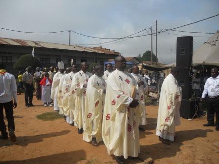 Visite pastorale de Mgr Daniel Nlandu à Christ-Roi (34)