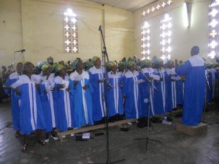 Visite pastorale de Mgr Daniel Nlandu à Christ-Roi (38)