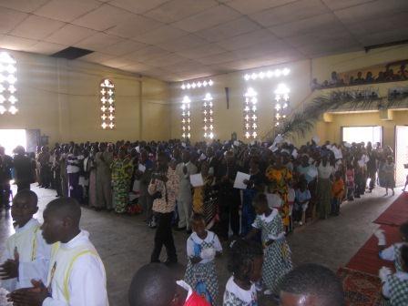 Visite pastorale de Mgr Daniel Nlandu à Christ-Roi (39)