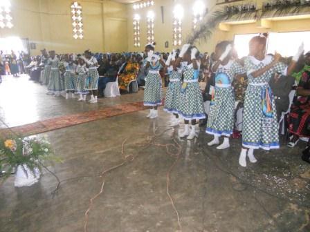 Visite pastorale de Mgr Daniel Nlandu à Christ-Roi (47)
