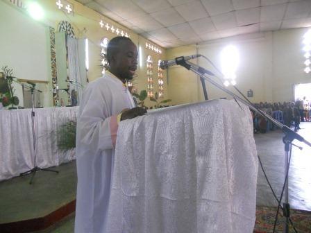 Visite pastorale de Mgr Daniel Nlandu à Christ-Roi (49)
