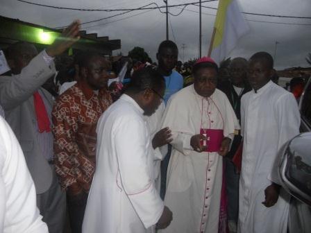Visite pastorale de Mgr Daniel Nlandu à Christ-Roi (5)