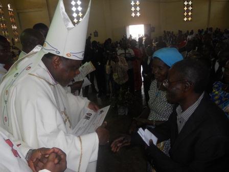 Visite pastorale de Mgr Daniel Nlandu à Christ-Roi (68)