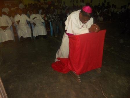 Visite pastorale de Mgr Daniel Nlandu à Christ-Roi (7)