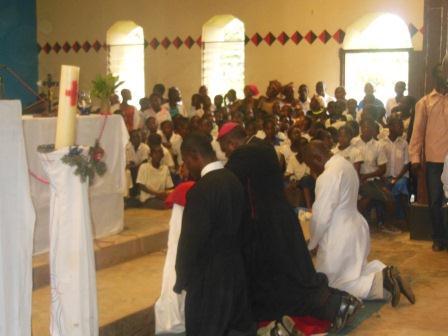 Visite pastorale de Mgr Daniel Nlandu à Miyamba (11)