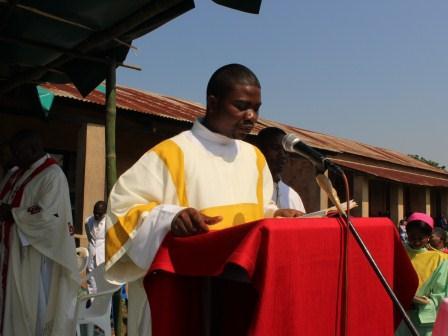 Visite pastorale de Mgr Daniel Nlandu à Miyamba (17)