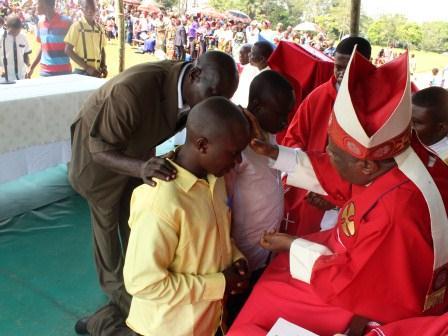 Visite pastorale de Mgr Daniel Nlandu à Miyamba (22)