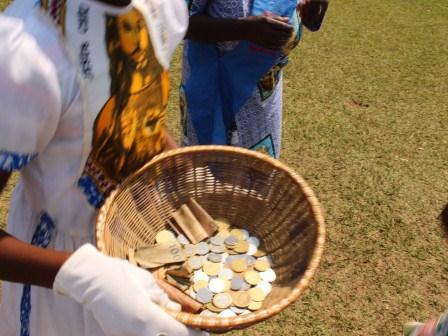 Visite pastorale de Mgr Daniel Nlandu à Miyamba (23)