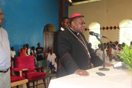 Visite pastorale de Mgr Daniel Nlandu à Miyamba (3)