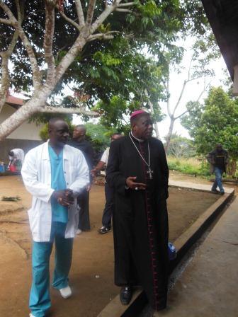 Visite pastorale de Mgr Daniel Nlandu à Miyamba (4)