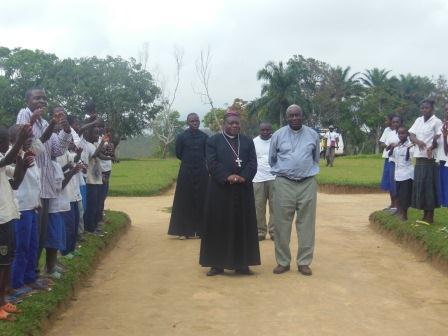 Visite pastorale de Mgr Daniel Nlandu à Miyamba (5)