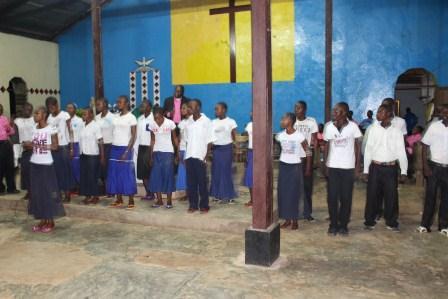 Visite pastorale de Mgr Daniel Nlandu à Miyamba (7)