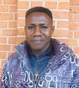 Abbé Michel VAYAMBI
