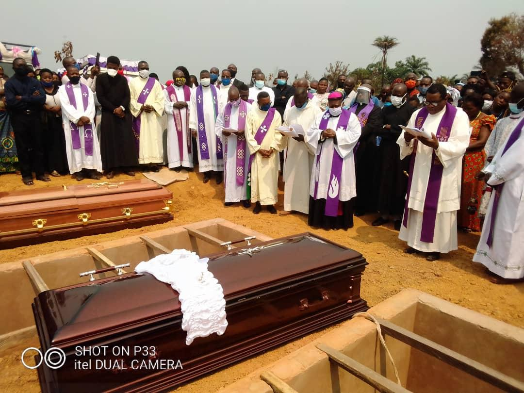 Obseques abbes mbwaki et dianzenza 5