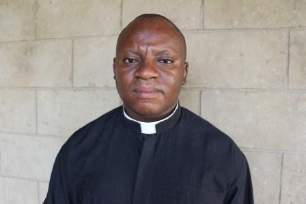 Père Hugues MATONDO